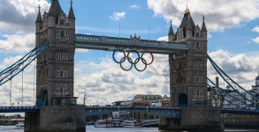London Tower bridge, equiped with the Olympic Rings