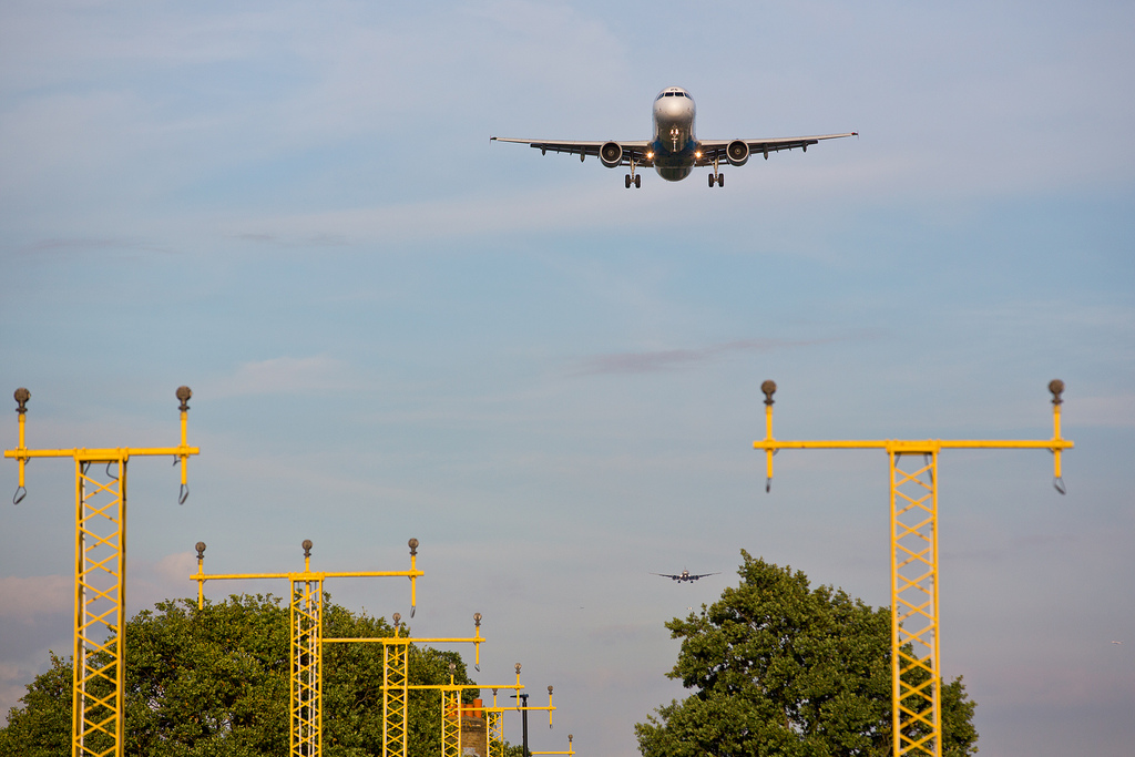 This week: Heathrow gets the green light, Jet Blue's rooftop lounge & more